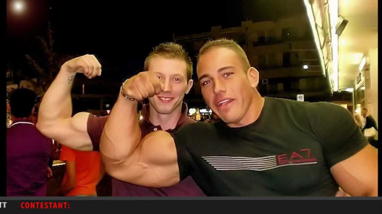 Hot sexy gay muscle