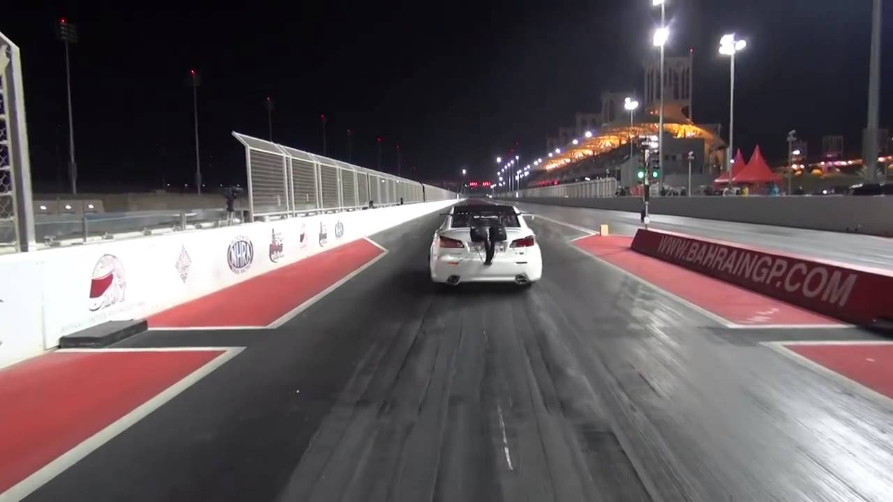 Lexus ISF Twin Turbo Crash - Race car takes flight and jumps a fence ...