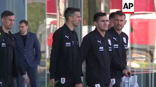 Teams from France and Uruguay arrive for World Cup