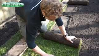 How to Lay Turf | Laying Lawn Turf
