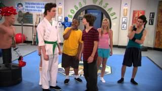 Сериал Disney - В ударе! (Сезон 1 Серия 04) Полдень в школе каратэ