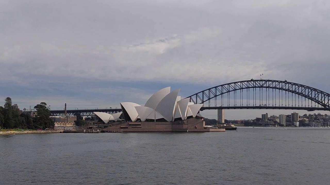 Sydney opera house and harbour bridge - Sydney Harbour Bridge And Opera House View From Mrs Macquarie S Chair