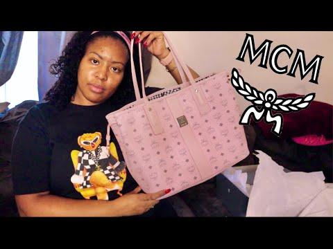 UNBOXING MCM LIZ SHOPPER BAG WITH MATCHING POPSOCKET