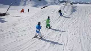 Timo Maszewski & friends - Freestyle skiing - Val Thorens Snowpark - Young skier