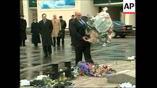 U.S. Deputy Secretary of State lays wreath at siege theatre ahead of terrorism talks