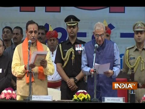 Vijay Rupani Sworn in as New Gujarat Chief Minister