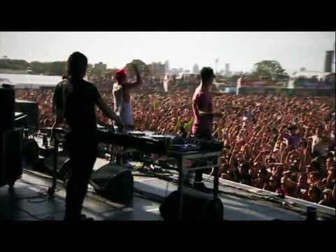 Stafford Brothers feat. Lil Jon 'Hands Up' Future Music Festival 2013 Anthem