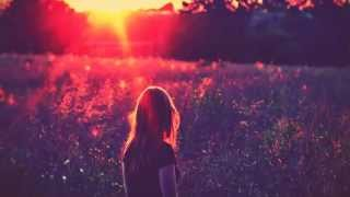 Download Elliot Berger & Ranja - Hold On (Koalafy Remix) MP3 song and Music Video