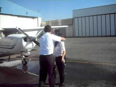 capacitacion aerea integral. recibida de eliana sotelo de su primer vuelo solo.