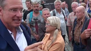Pegida-Gegnerinnen treffen in Dresden auf Michael Stürzenberger