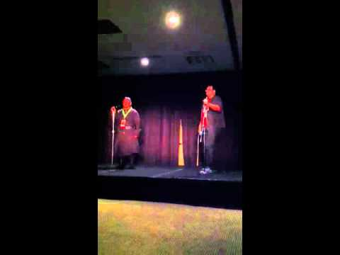 Brandon Sanderson & Jimmy Liang sing karaoke at Dragon*Con