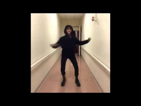 Head Bobbing Vine Music Video