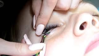 НАРАЩИВАНИЕ НИЖНИХ РЕСНИЦ и наращивание ресницами С цветными кончиками CAPACITY lower eyelashes