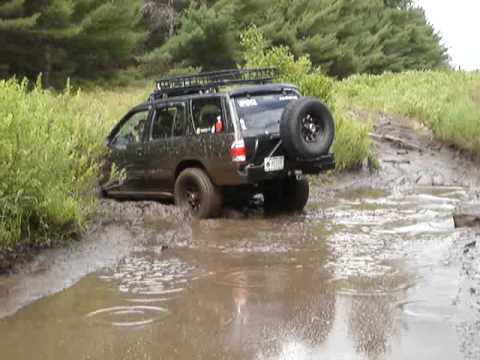 Nissan Pathfinder - R50 - Soupy!! - YouTube