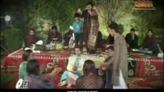 SHAFA ULLAH KHAN ROKHRI.( kitni makhmoor hain tumhari ankhain ) ( urdu song )