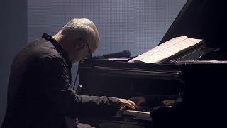 Ludovico Einaudi – Life (Live at iTunes Festival 2013)