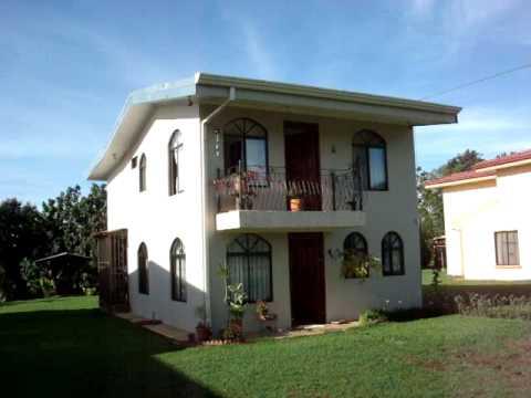 Casa para la venta en san isidro de el general 2890 for Modelo de casa con terraza