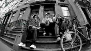 Watch Beastie Boys An Open Letter To Nyc video