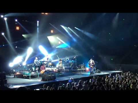 Simple Minds intro (Waterfront) Melbourne Feb 2017