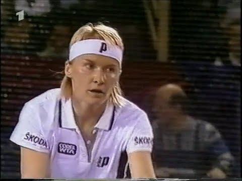 Jana Novotna vs Anna Kournikova Hannover 1998 (1.Set partly + 2.Set)