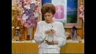 Los Siete Chakras y los Cristales (Piedras Preciosas) - Elizabeth Clare Prophet