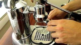Part 2: Making a Cappuccino with a La Pavoni Professional and a Zassenhaus Grinder