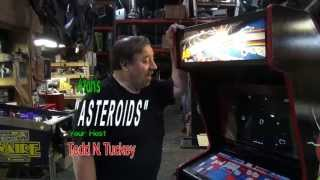 $262 Atari ASTEROIDS classic arcade video game with Vector Monitor - TNT Amusements