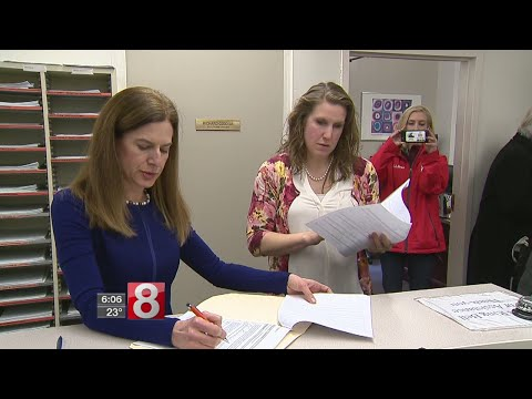 Former Secretary of the State Susan Bysiewicz explores run for Governor