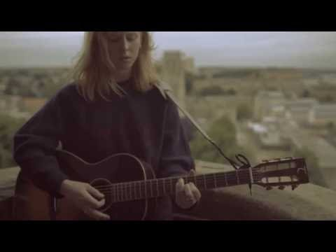 'Bud' by Fenne Lily - Burberry Acoustic