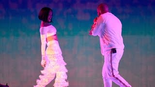 Download Drake and Rihanna Kiss On Stage Live Performance in Miami! Watch the Adorable Moment