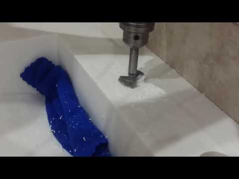 как сделать отверстие в раковине из искусственного камня