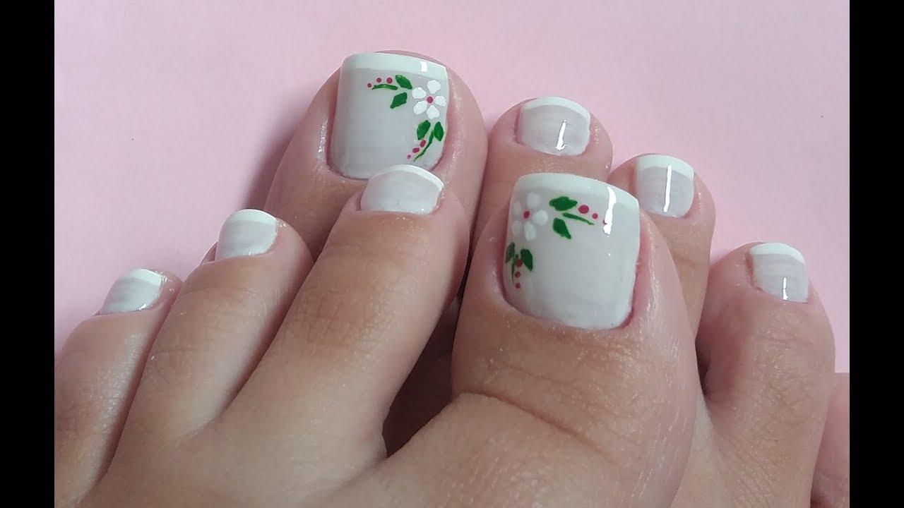 Materiais para unhas decoradas dos pés branco