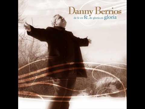 DIOS ESTÁ CONTIGO - DANNY BERRIOS.wmv