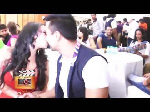 Download Oops Moments | Hot Actress | Bollywood Celebrities Weird Moments | Bollywood Oops Moments