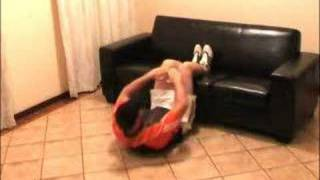 Get six pack abs in 6 minutes on your couch. Works Fast!(http://www.sixpackfactory.com Shows You How to get six pack abs doing this very powerful workout at Home using just your couch!!. This is one of the workouts I ..., 2008-06-10T13:16:04.000Z)