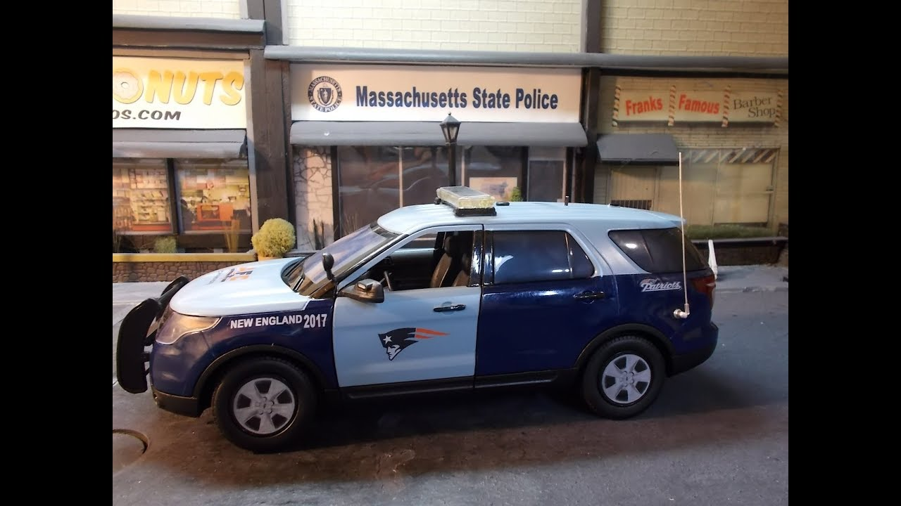 New England Patriots Massachusetts State Police edition 1/18 scale