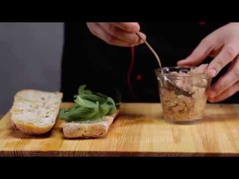 Вопрос: Как сделать сэндвич с тунцом?