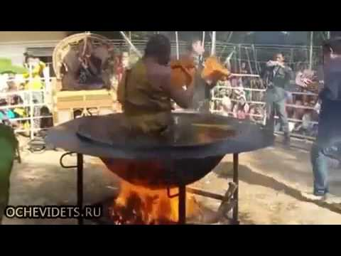 Thailand Monk meditate in boiling oil really amazing