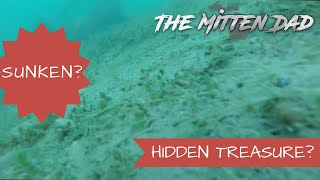 Treasure Hunting | Underwater dive finds shipwreck or railroad car on the bottom of lake?