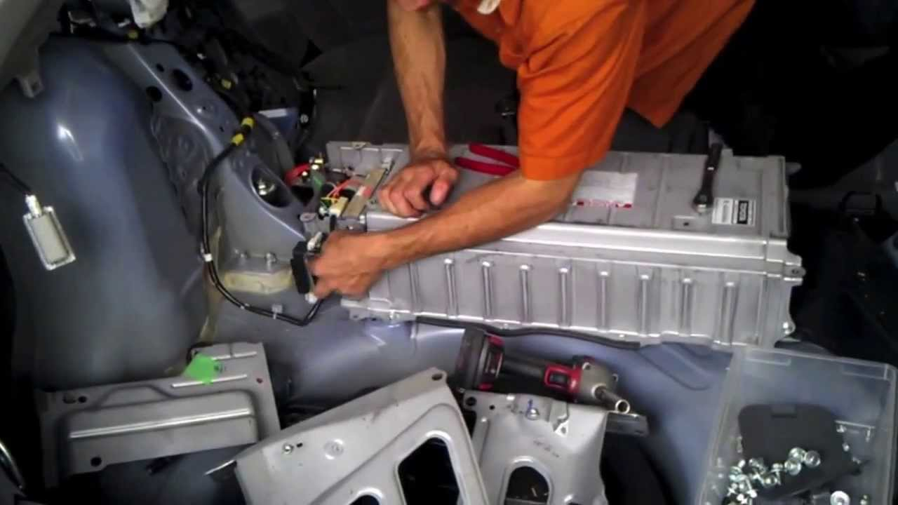 prius gen2 (2004 05 06 07 08 09) hybrid battery removal youtube