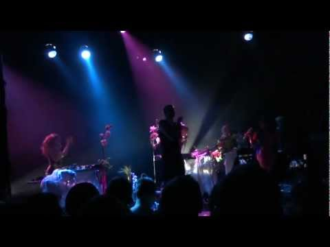 Grimes - Oblivion - Live at the El Rey Theatre, Los Angeles - October 9, 2012