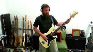 Bass: Fender Jazz Bass American Deluxe 2011.