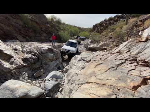 Chevy Tracker/Suzuki Grand Vitara Climbing Firehole On Woodpecker Trail