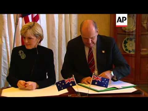 Australia and US sign agreement allowing deployment of US military personnel in Australia