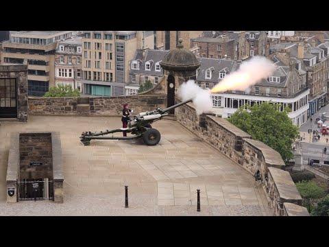 Edinburgh Castle Tour Part 1- 4K
