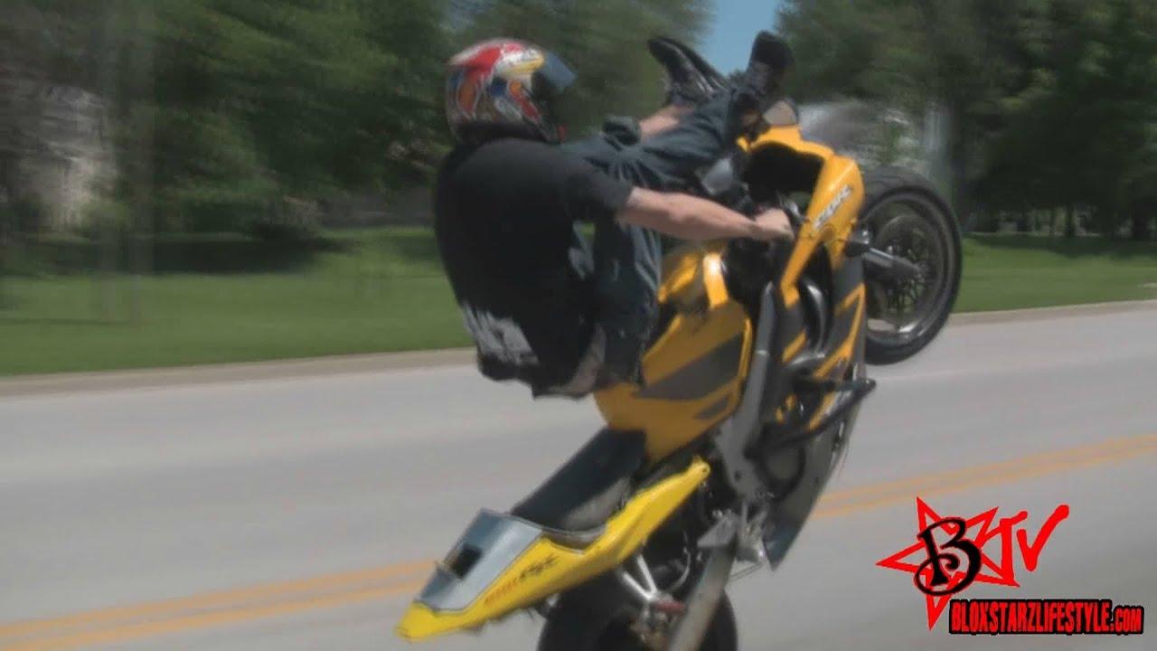 Honda 600 F4i >> CBR 600 F4i Wheelie On The Street In Traffic Street Bike Wheelies Combos - BLOX STARZ TV - YouTube