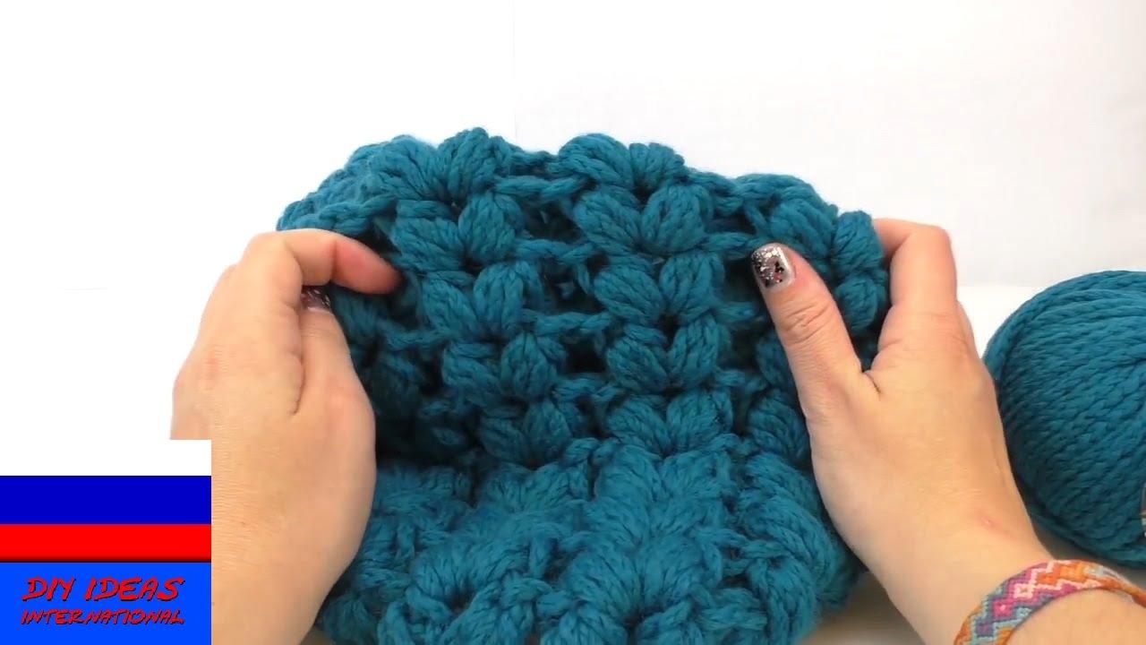 Женские шарфы-хомуты сезона весна лето 2018 можно купить в интернет. Шарф-хомут молочного цвета. Шарф-хомут крупной вязки серого цвета.