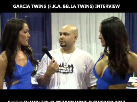 Bella Twins Interview @ Chicago Con 2012