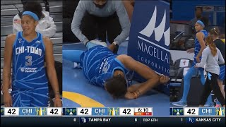 Candace Parker Tripped On DIRTY Play & Leaves Game, Comes Back To Bench HEATED At Kayla Thornton/Ref