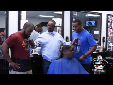 Instructor Chester Winfield Teaches His Students The X's And O's Of A Haircut 💈❌⭕️✂️.